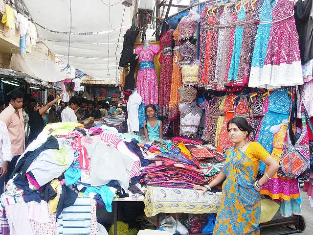 Street shopping in Mumbai