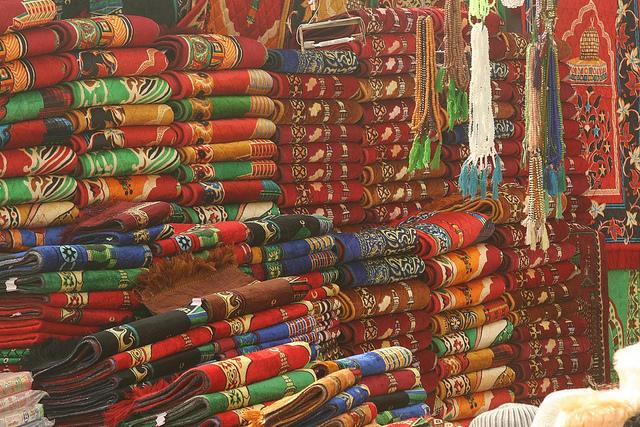 popular street shops in India, Hill road Mumbai