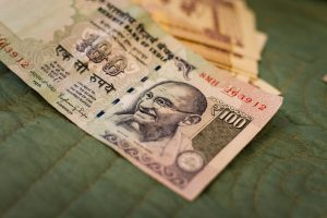 Exchanging Money in India - India Someday Travels