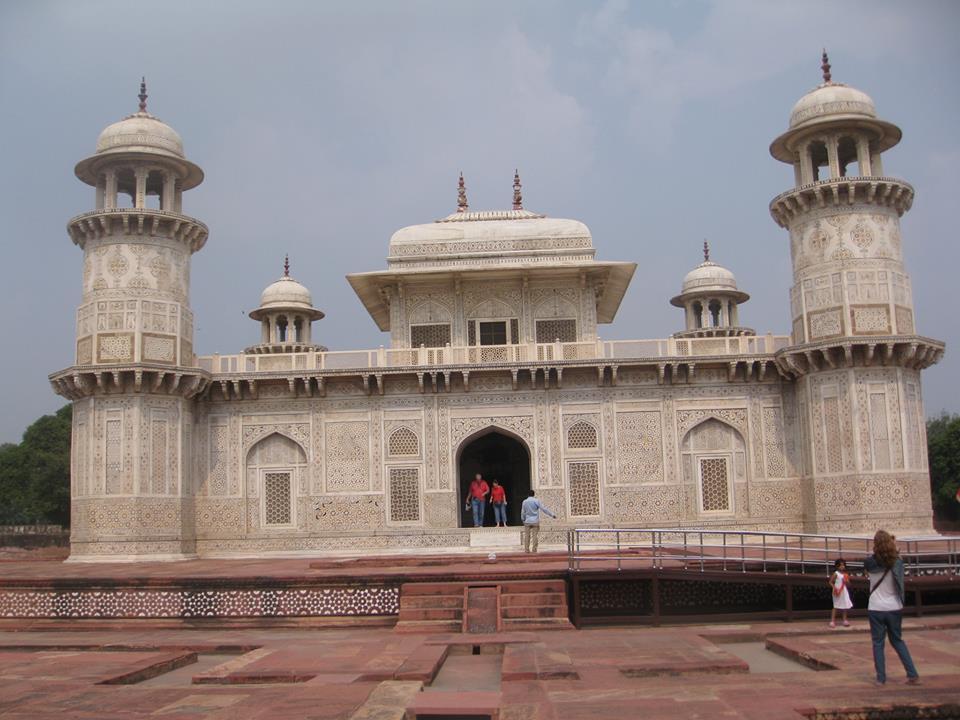 Tomb of I'timād-ud-Daulah - aka Baby Taj