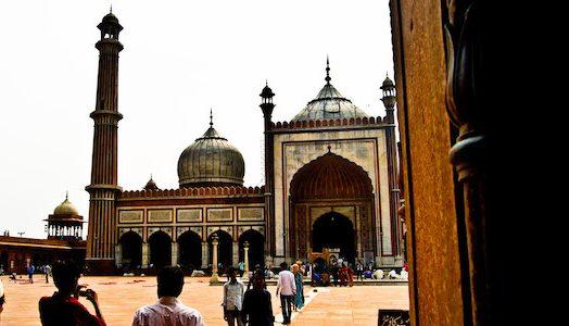 backpacking tour in rajasthan, budget backpacking tour north india, delhi, jama masjid