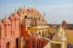 Jaipur, mit dem Zug durch indien