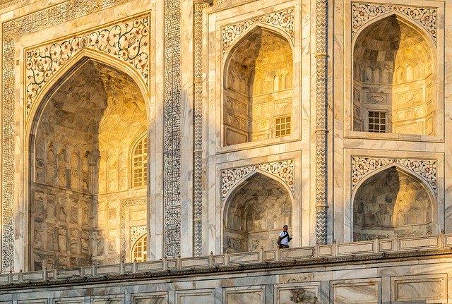 Exploring Taj Mahal