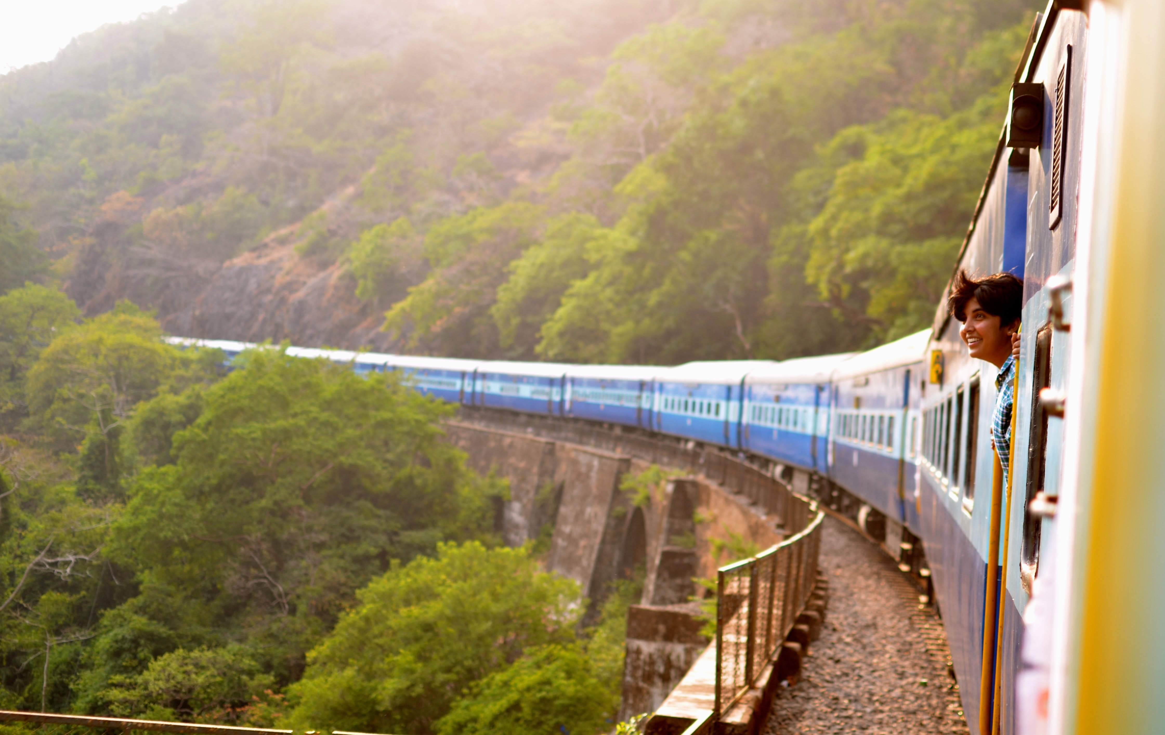 Getting from Mumbai to Kerala