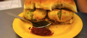 Vada Pav, indisches Streetfood, Mumbai