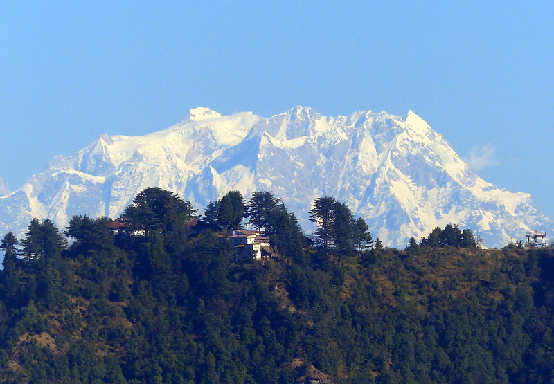 Chaukhamba Looms from Mussoorie, Two months in India with our children