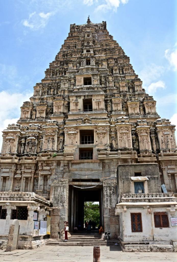 Hampi-Virupaksha-Tempel