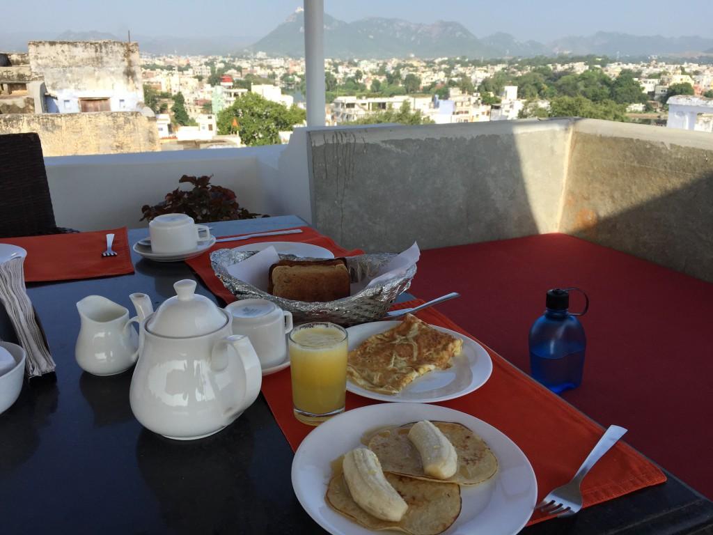 ramblinarium, rooftop breakfast, madri haveli, udaipur
