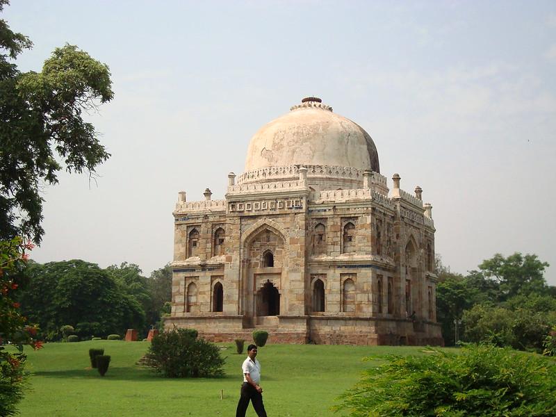 Peaceful places in Delhi