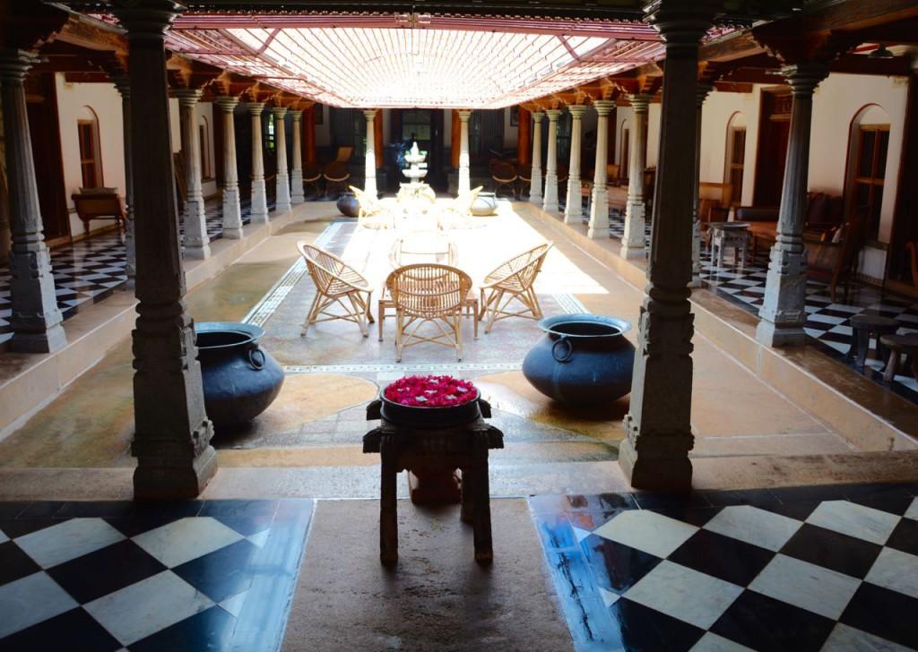 SarathaVilas_Courtyard