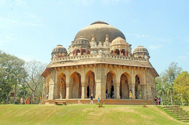 Pleasant afternoon in Delhi