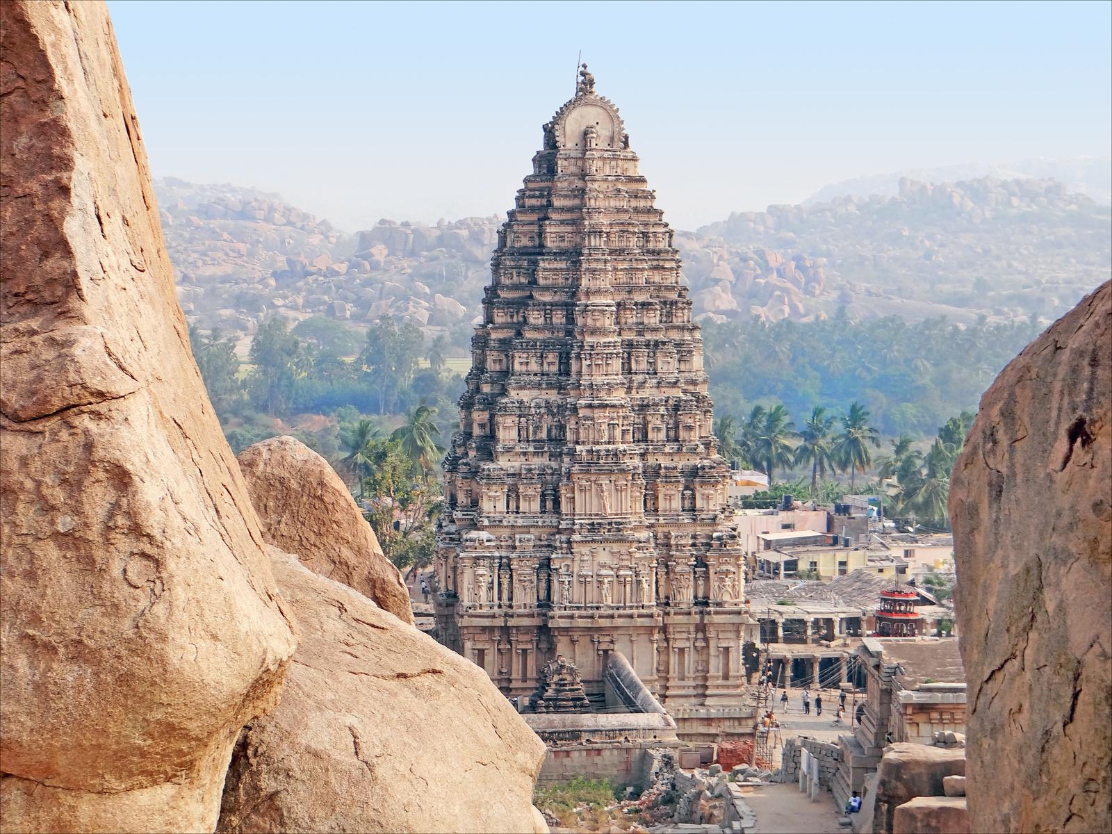Urlaub in Indien: Zugreisen von Hampi nach Kerala