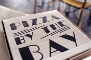 The best pizza joints in all of Mumbai, Pizza by the Bay