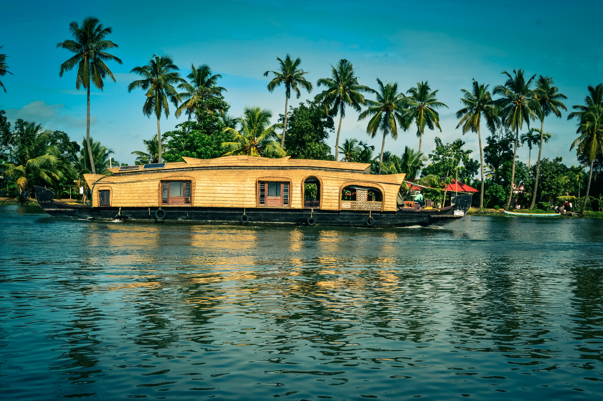 Backwaters of Kerala, Romantic honeymoon destinations in India