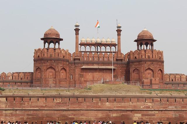 how to avoid tourist traps in Delhi