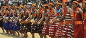 nagaland, nordosten indiens, traditionelle tänze