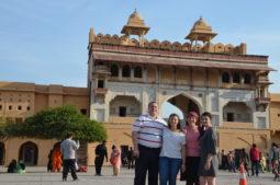 reise nach indien, familie in indien