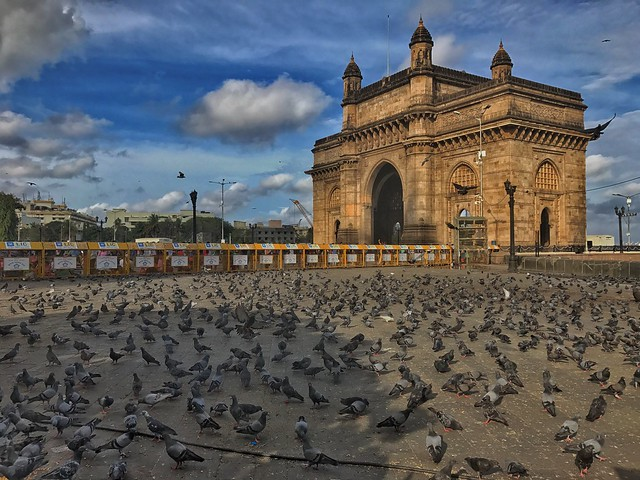 monuments of mumbai