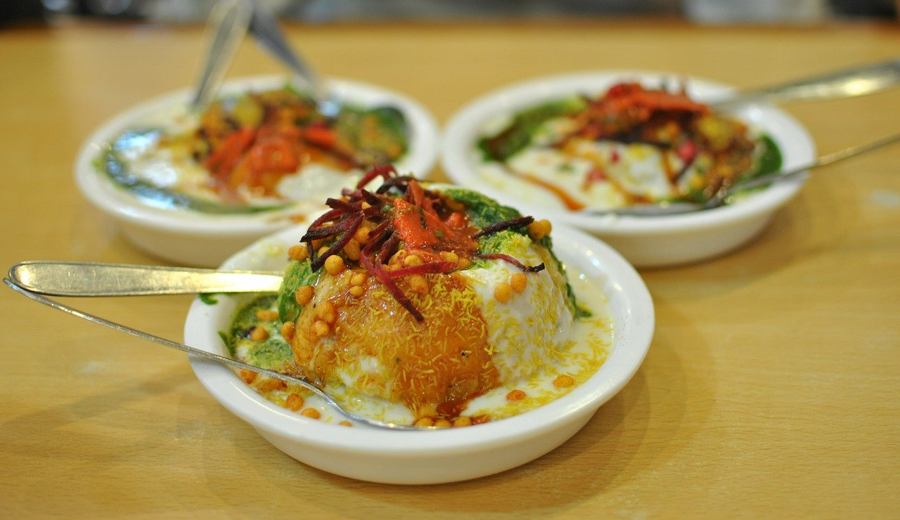Delicious delicacies, How to avoid Delhi Belly in INdia