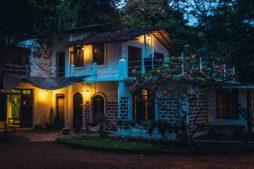 Jungle Hostel, Reisekosten