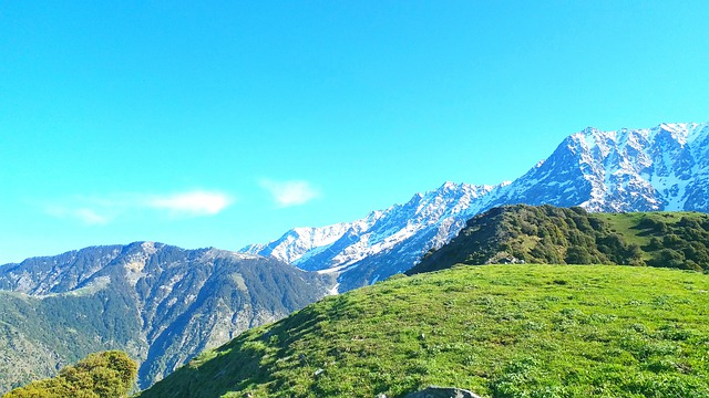 Best nature trips in India, Why visit Dharamshala Himalayas