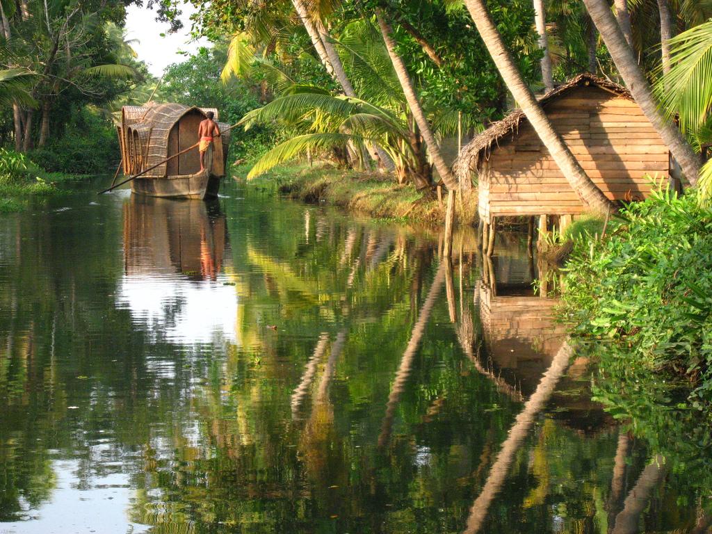 Übernachtung auf einem Hausboot in Kerala, südindien backpacking