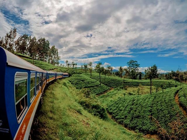 Train in India, Trains in Sri Lanka