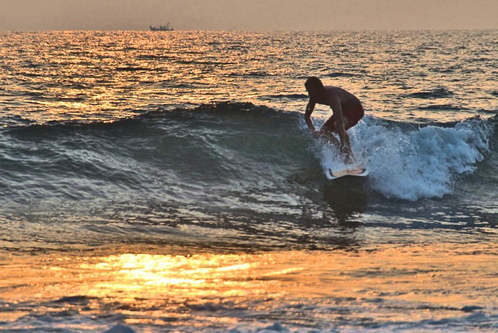Surfcamps in Indien, Surfurlaub Indien