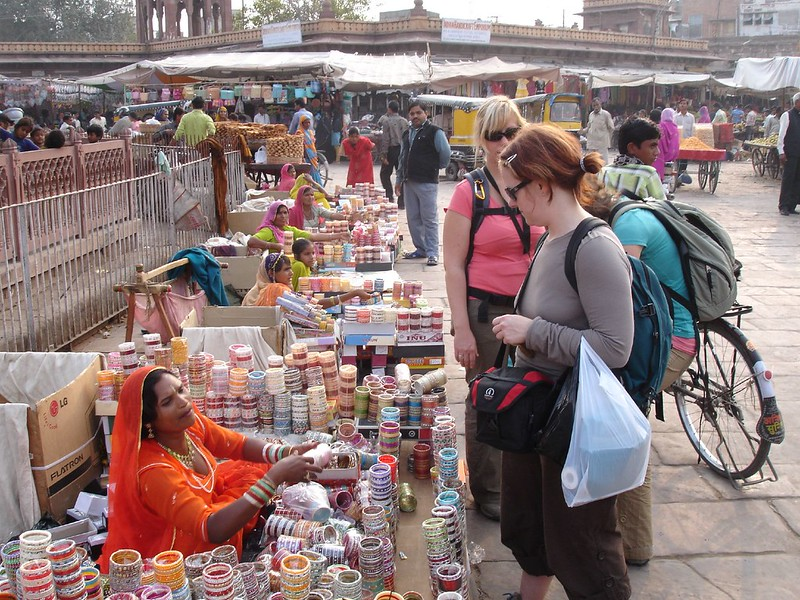 travel guide for India, Safety trip when traveling in India