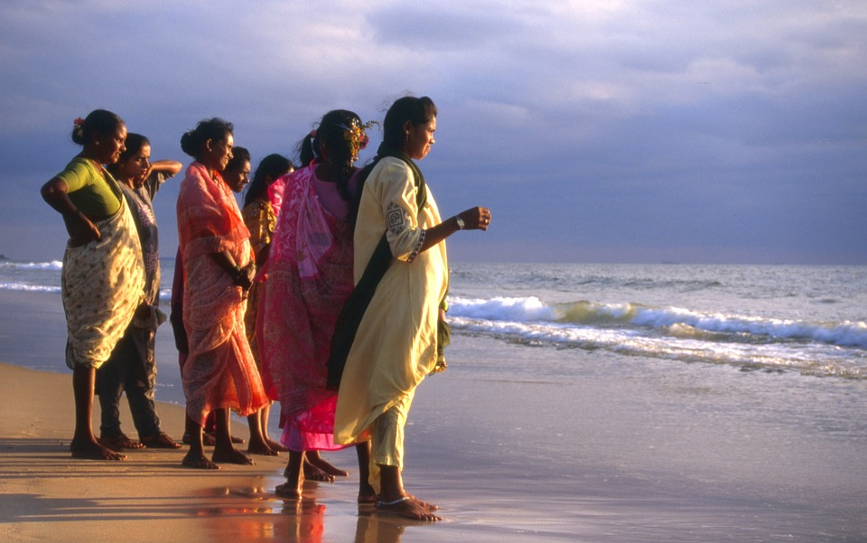 Indian-women-in-Goa, solo female travel in india, women travel, india women guide,