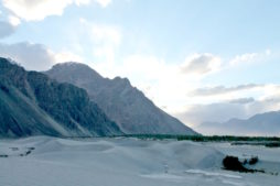 best time to visit india, leh, ladakh, nubra valley mountains in india, monsoon in india