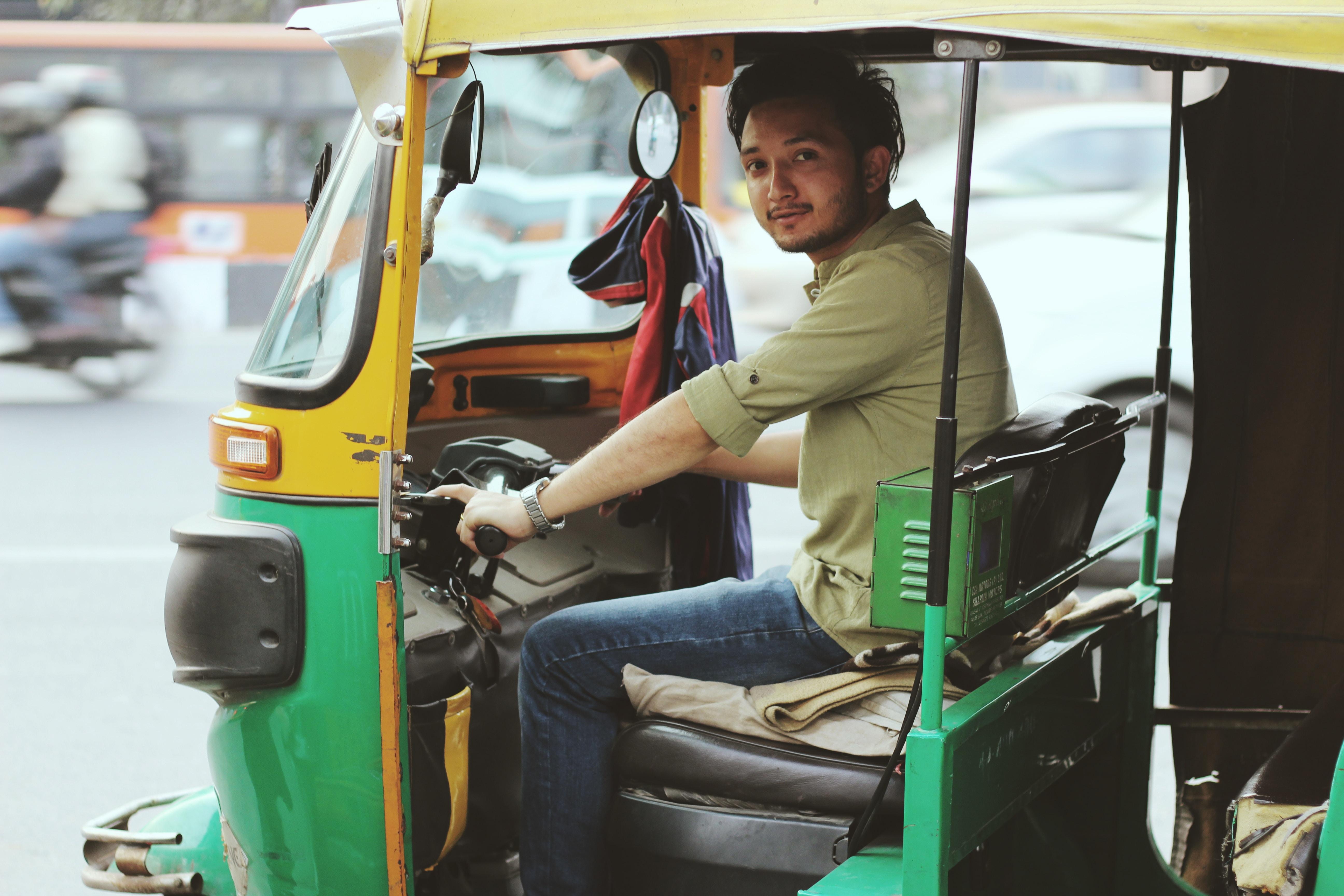 auto rickshaws in India