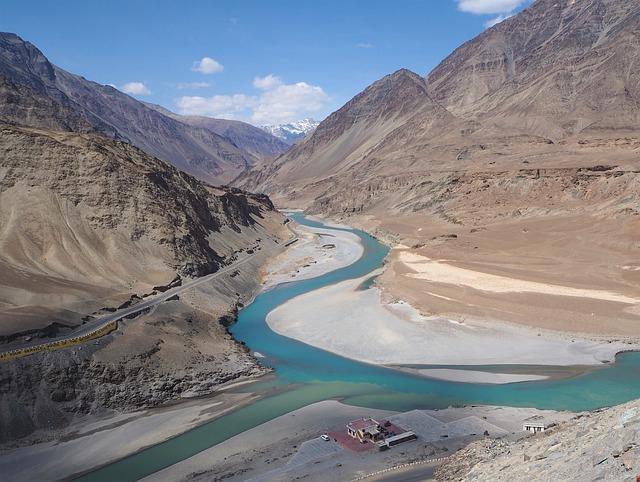 tours around ladakh