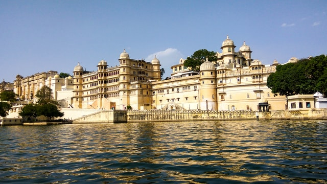 City Palace in Udaipur, honeymoon in India
