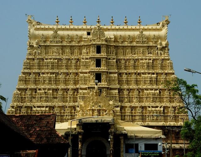 Padmanabhaswamy Temple, Temples to visit in Kerala, India