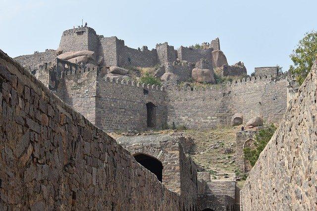 Boulders Fort