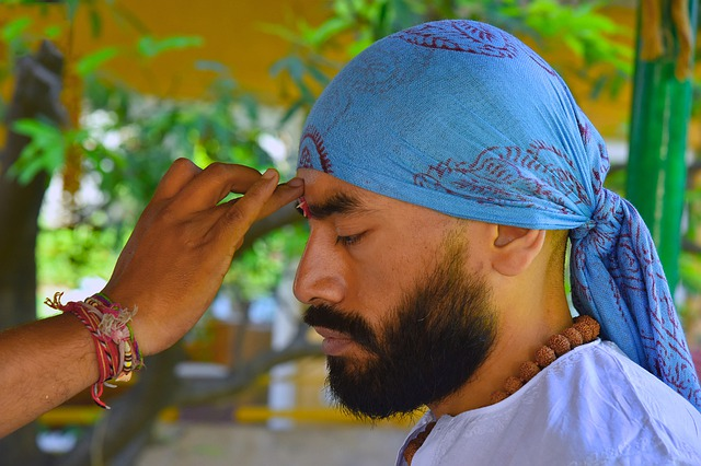 the Tilak on forehead, best spiritual places in North India