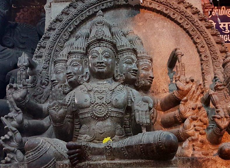 Madurai temple sculpture