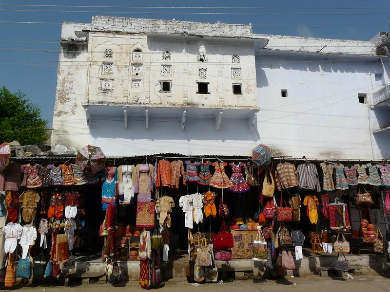Streets of Pushkar, shopping in Pushkar