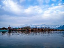 Dal lake, an unmissable sight on your list of things to do in dharamshala