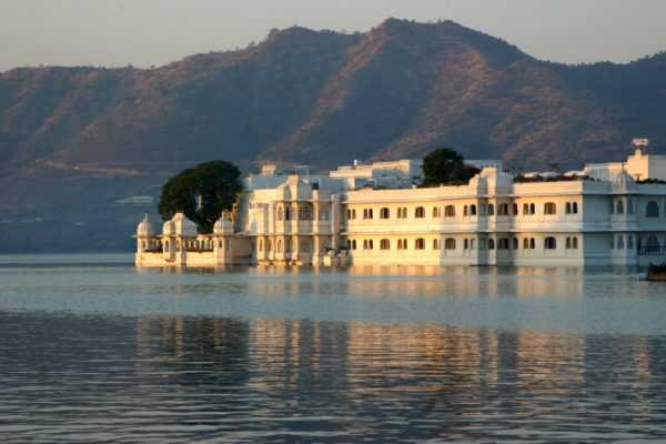 Rajasthan cities, lake place Udaipur