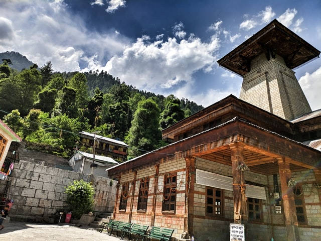 famous temples in Manali