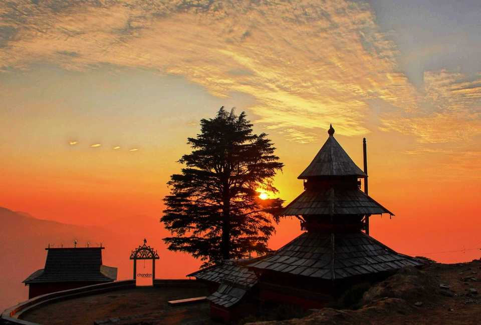 Places to visit while travelling to himachal Pradesh